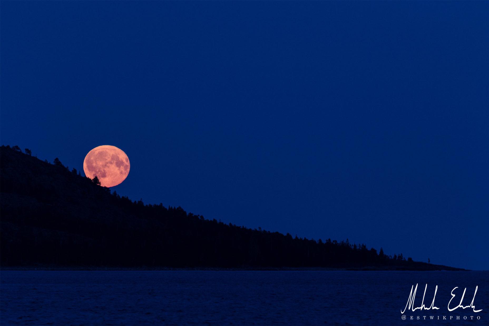 Den rullande månen
